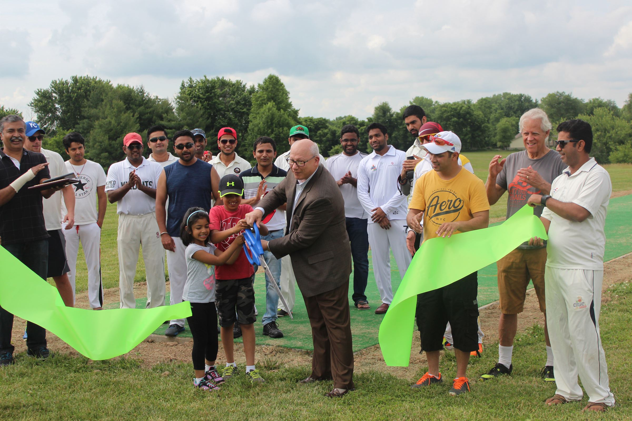 Stocksdale Park Cricket Pitch ribbon cutting 2